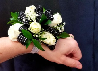 Corsage from Yesterday's and Tomorrows in Warner Robins, GA